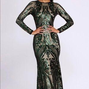 Gorgeous long sleeve green dress